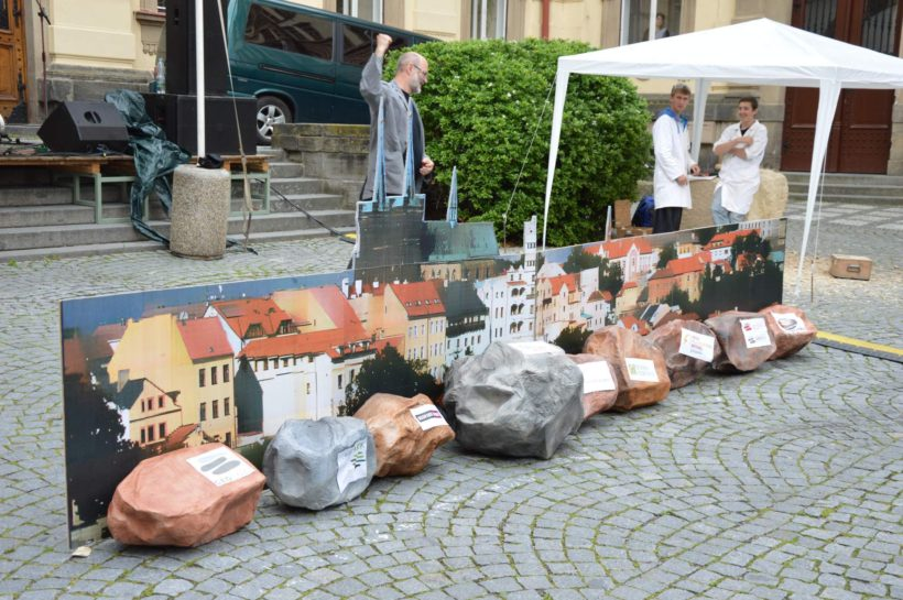Kameny se valí na Chrudim 2015